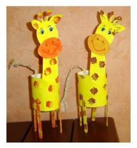 Toilet-paper-rolls-giraffe-craft