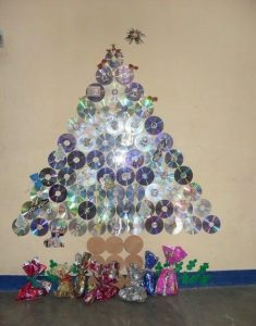cd christmas tree bulletin board idea