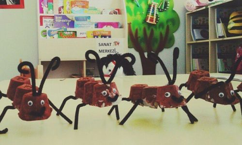 egg-carton-ant-craft