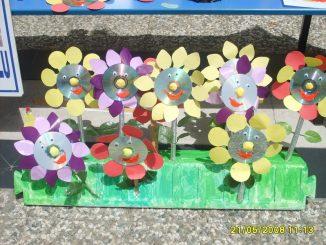 cd-flower-craft-idea-for-kids