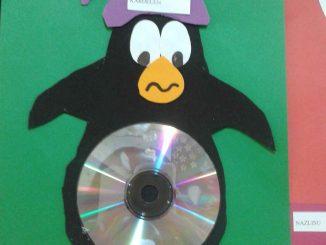 cd penguin craft idea