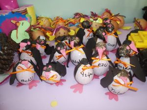 egg penguin craft idea