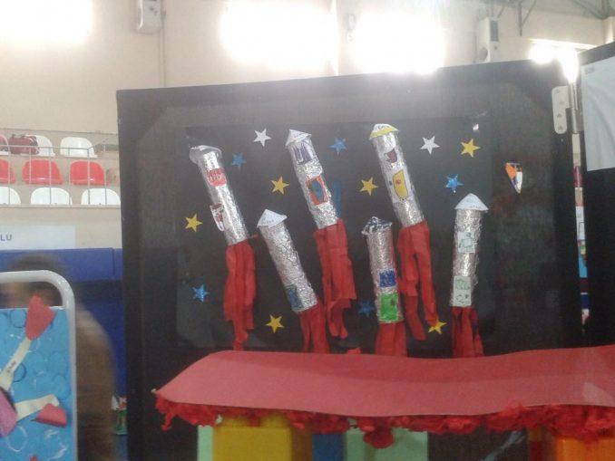 toilet paper roll rocket craft idea for kids