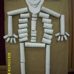 toilet paper roll skeleton craft idea