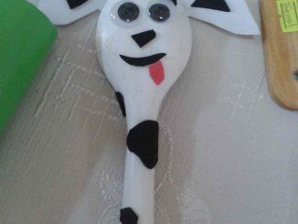 wooden spoon dog craft