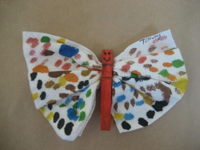 clothes pin butterfly craft idea for kids