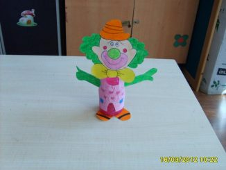 plastic-bottle-clown-craft-idea