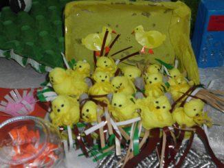 chick bulletin board idea for kids