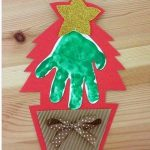 handprint-christmas-tree-craft