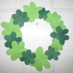 Easy-shamrock-wreath-craft