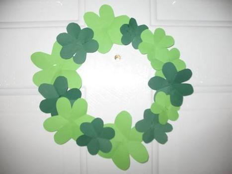 Easy-shamrock-wreath-craft