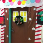 Holiday-Doors-decoration-idea