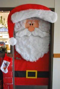 Santa´s-classroom-door-decoration