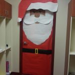 Santa-Classroom-Door-Decoration-idea
