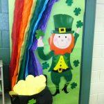St.-Patrick-Day-door-decoration-idea