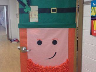 St.-Patricks-Day-Door-craft-ideas