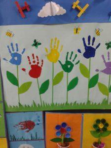 handprint-flower-craft-idea