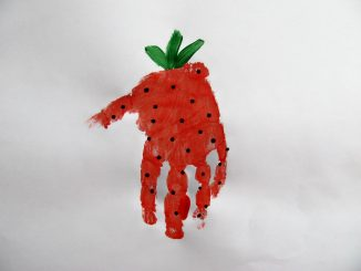 handprint-strawberry-craft