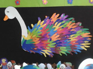 handprint-swan-bulletin-board-idea