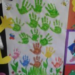 handprint-tree-bulletin-board-idea