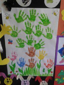handprint-tree-bulletin-board-idea