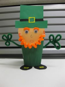 paper-cup-St-Patricks-Day-craft