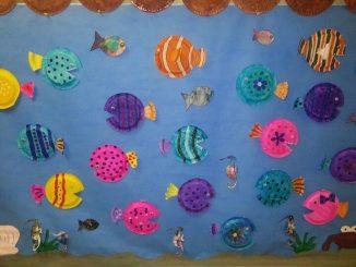 paper plate fish bulletin board idea