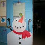 snowman-door-decoration-idea