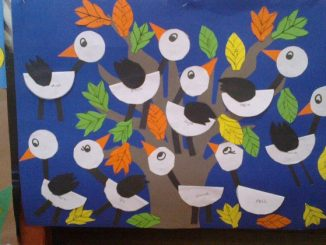 stork-bulletin-board-idea-for-kids