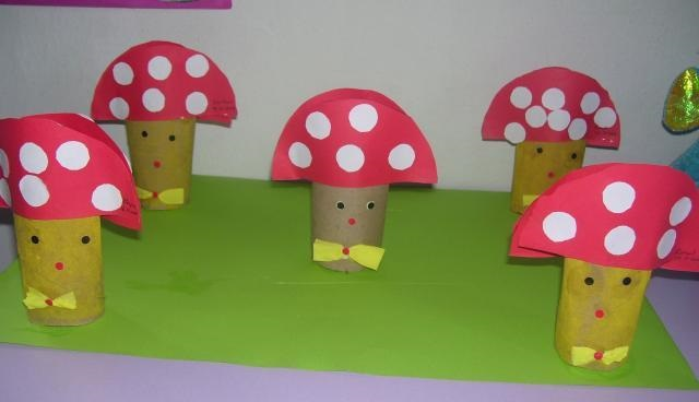 toilet-paper-roll-mushroom-craft-idea
