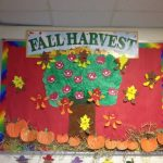 Fall-harvest-bulletin-board-idea