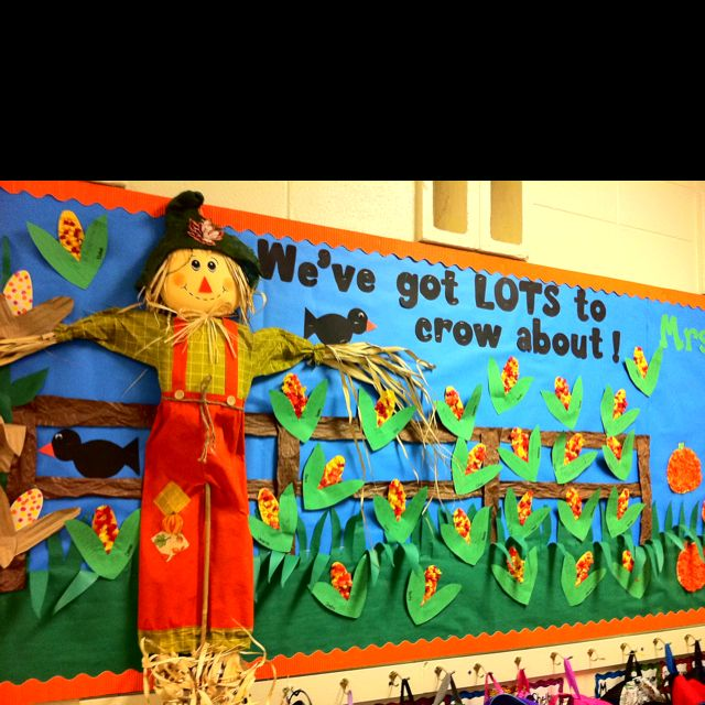 Scarecrow-Fall-Bulletin-Board-idea