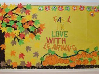 autumn-bulletin-board-idea-for-kids