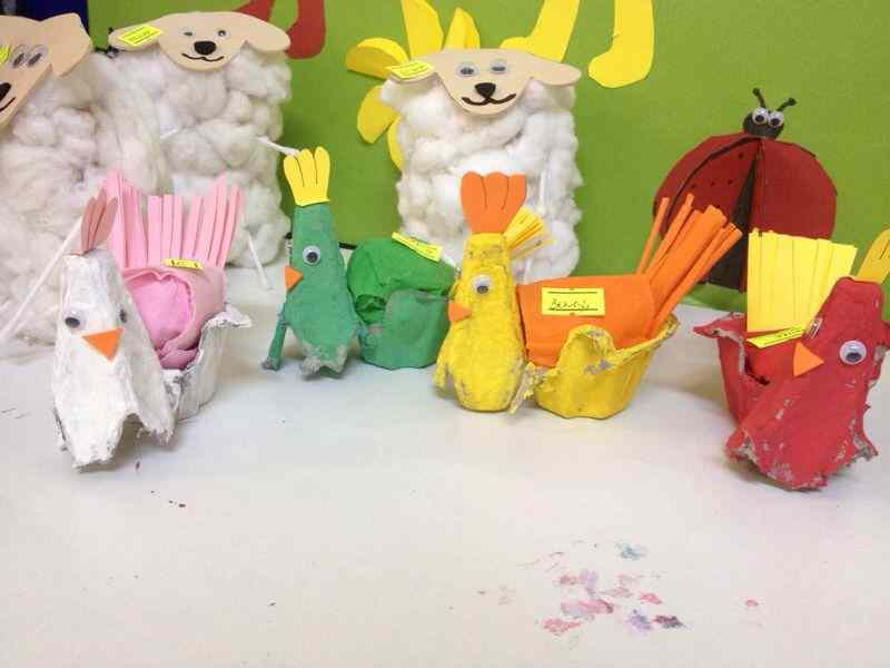 egg-carton-chickhen-craft