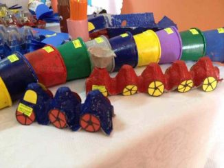 egg-carton-train-craft-idea