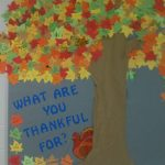 fall-tree-bulletin-board-idea-for-kids