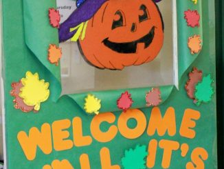 halloween-door-decoration-idea-for-kids
