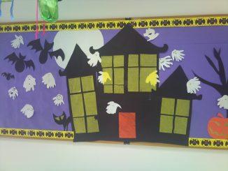 haunted-house-bulletin-board-idea