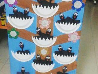 paper plate crow bulletin board idea
