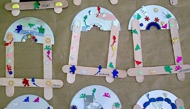 popsicle-stick-and-cd-frame-craft-idea