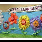 Spring-School-Bulletin-Board-idea
