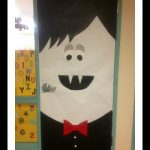 Vampire-classroom-door-decoration-idea