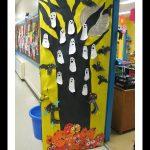 halloween-classroom-door
