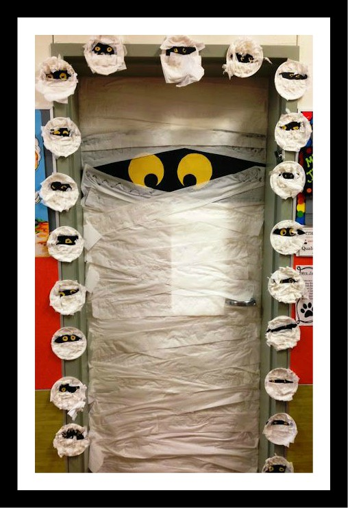 halloween-door-decoration-idea-for-kid
