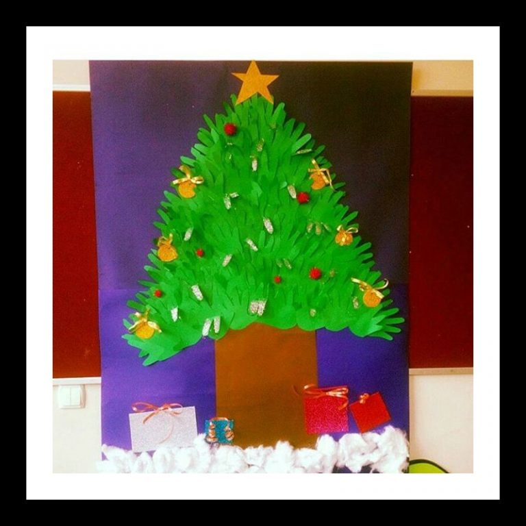 handprint-christmas-tree-bulletin-board-idea