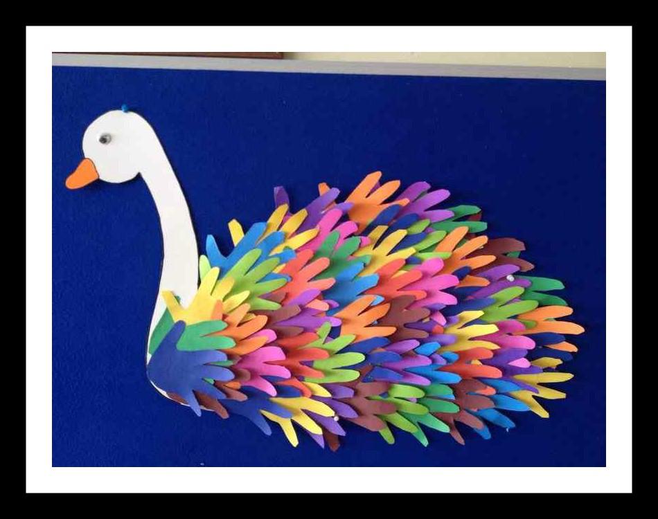 handprint-swan-craft-idea-for-kids