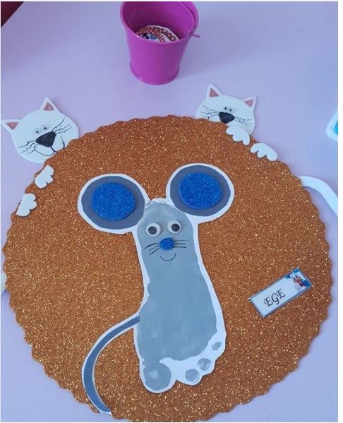 footprint mouse craft
