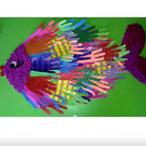 handprint fish craft idea (2)