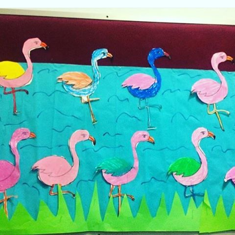 flamingo-bulletin-board-idea-for-kids
