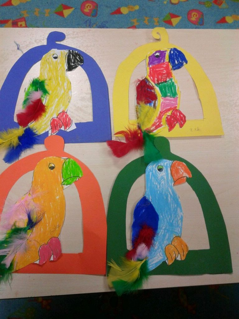 parrot-craft-idea-for-kindergarten